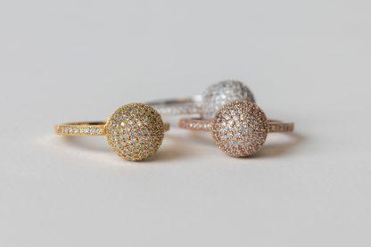 Juego de tres anillos de plata ,plata dorada y plata rosada con circonitas