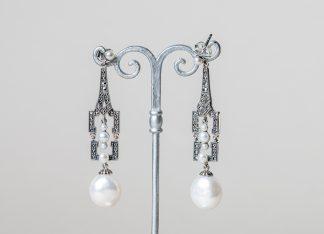 Pendientes Monaco realizados a mano en plata con marcasitas y perlas de agua dulce