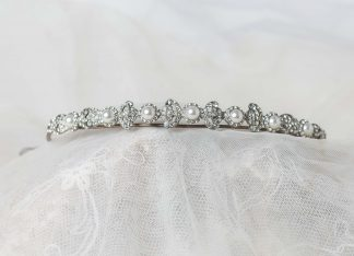 Tiara de plata con circonitas y perlas de agua dulce
