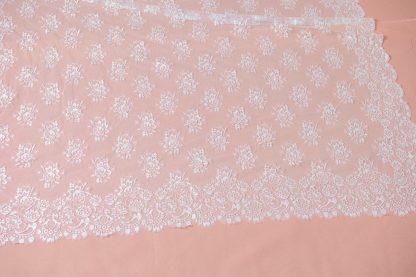 Mantilla Lilium de novia blanca, reproduccion del Siglo XIX