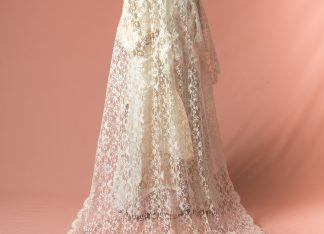 Mantilla antigua de madrina o novia original de finales del siglo XIX