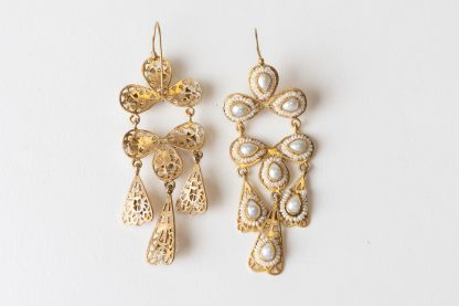 Pendientes de plata dorada y perlas de agua dulce