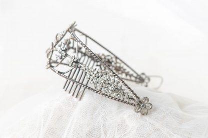 Diadema de plata y circonitas para novia