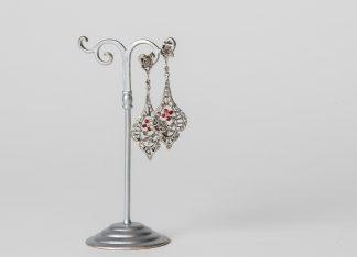 Pendientes de plata con circonitas blancas y rojas