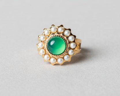 Anillo Adiel en plata dorada con perlas de agua dulce y agata