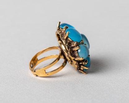 Anillo Lucila en plata dorada con calcedonio