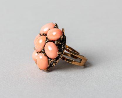 Anillo Lucila en plata dorada con perlas de agua dulce y coral