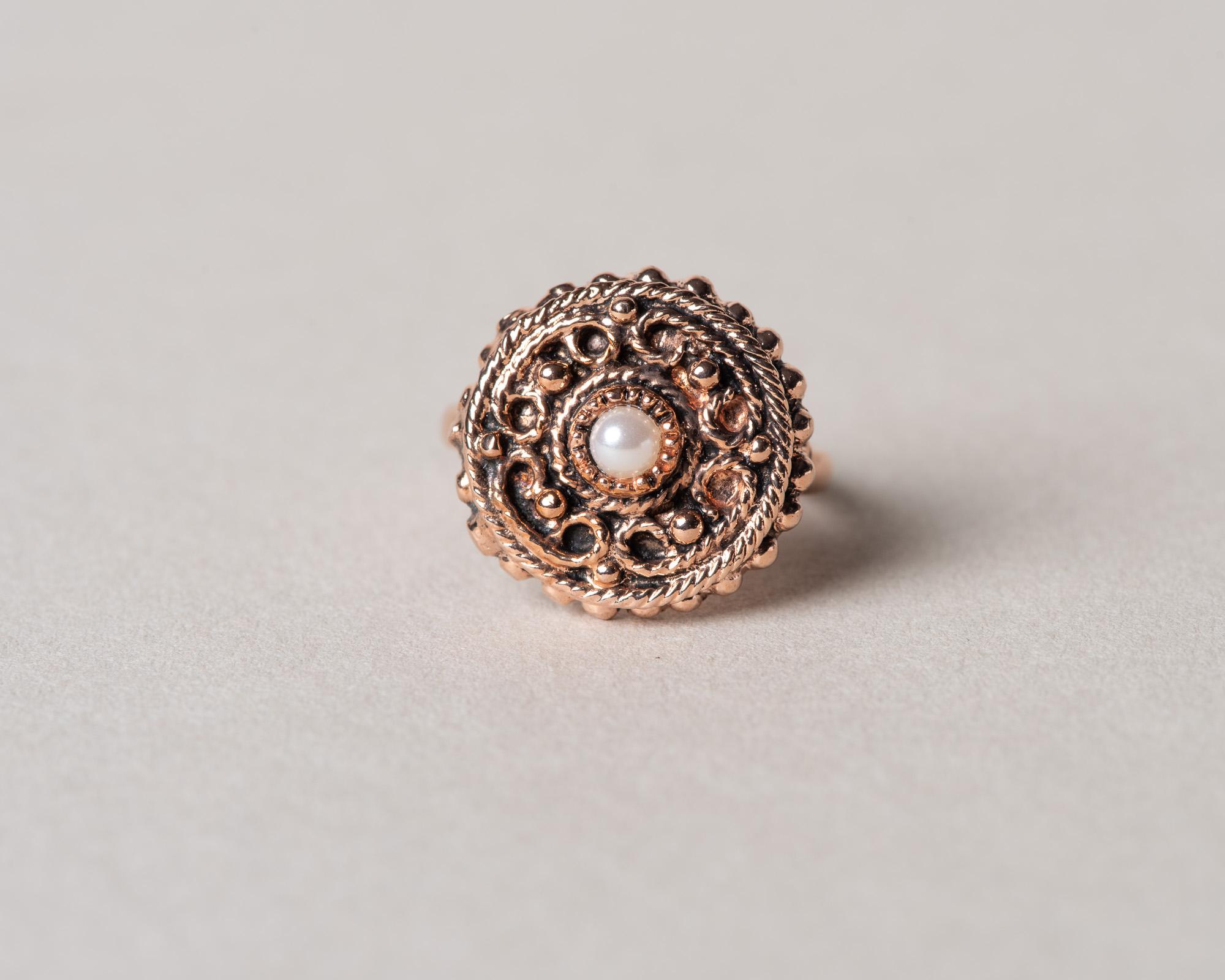 Anillo Brasil realizado a mano. Reproduccion de un anillo Victoriano