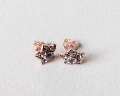 Pendientes Blom en plata rosada y zafiro