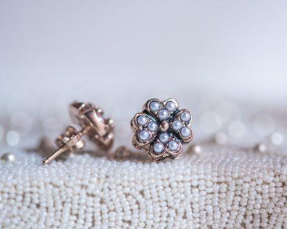 Pendientes Lorea perla. Realizados a mano son una reproduccion de una joya de la epoca Victoriana
